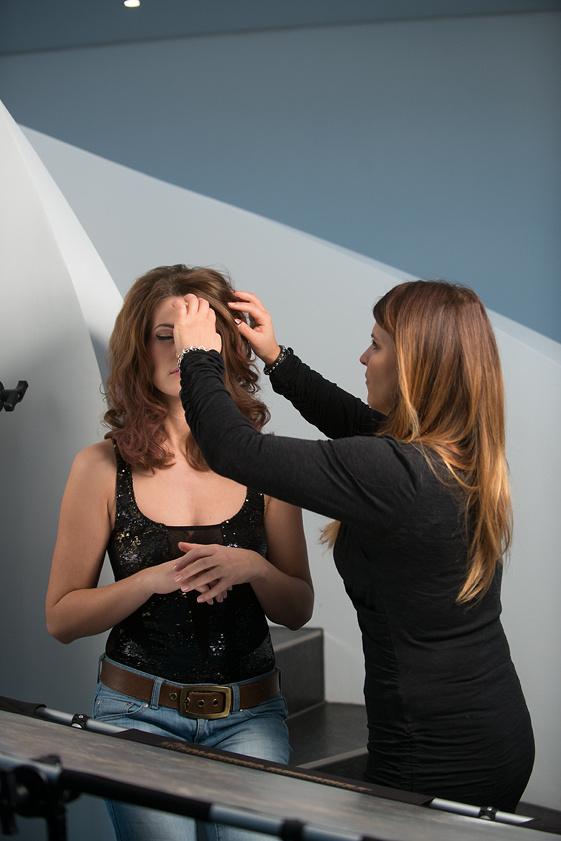 Kerstin Hajdu bei der Arbeit mit Stefanie Daut
